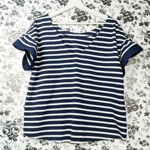 A New Day navy and white ruffle sleeve top sz XXL